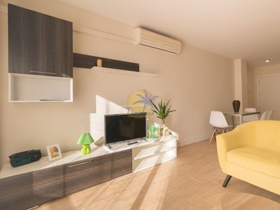Photo for Beautiful renovated apartment 4 pax in the center of Salou.