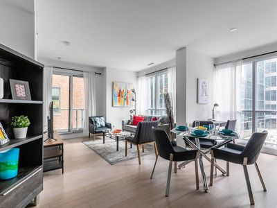 Photo for Spectacular Executive 2BR in Financial District
