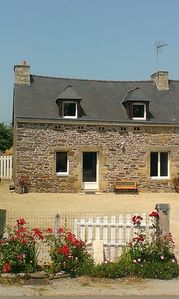 Photo for House at 1km from the beach of 4 Vaux