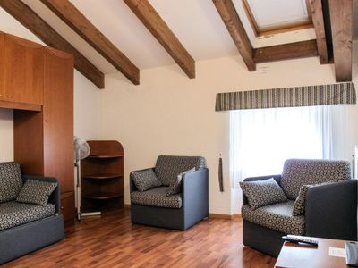Photo for Apartment Englo Vacanze (RDG121) in Riva del Garda - 5 persons, 1 bedrooms