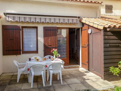 Photo for Vacation home Hameau des Flots in Vaux Sur Mer - 5 persons, 1 bedrooms