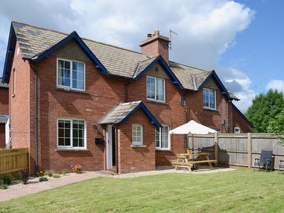 Photo for 2 bedroom accommodation in Woodbury Salterton, near Exeter