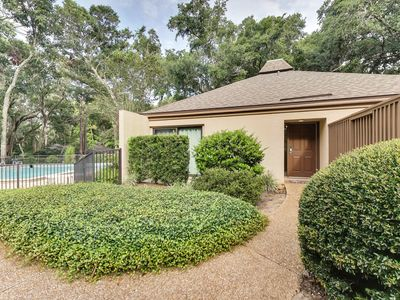 Photo for Beautifully Updated Fairway Oaks Villa on Amelia Island