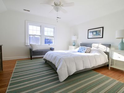 Photo for Modern Downtown Retreat
