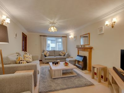 Photo for Cosy cottage in Padstow with gas fireplace and a nice garden with terrace