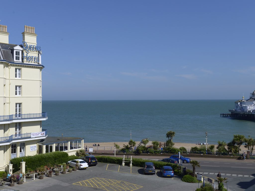 Hotels Near Eastbourne