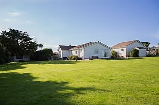 Photo for Spacious Accommodation And Lovely Garden With Rural Outlook