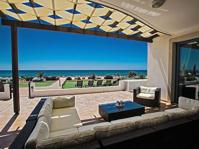 Relax over a glass of wine or a coffee and enjoy the hypnotic view