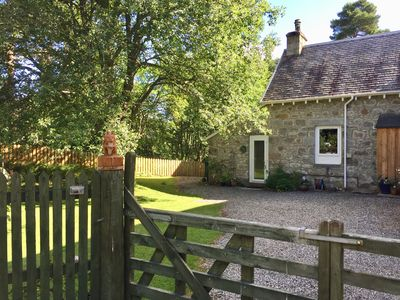 Photo for Cosy, comfortable 'Squirrel' Apartment with garden in Carrbridge, Cairngorms