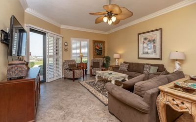 Photo for *TOP GUEST CHOICE!!* 3BR 2BA @ Phoenix 5 *Ground Floor* RSVD Parking!
