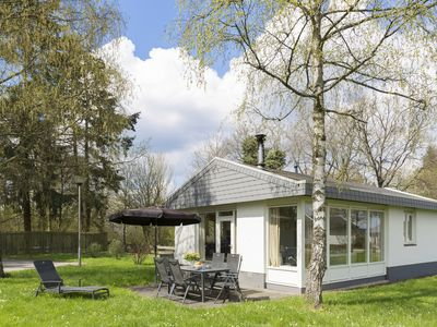 Photo for 6-person bungalow in the holiday park Landal Mont Royal - in the mountains/rolling countryside