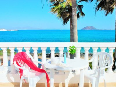 Photo for Beautiful villa with direct access to the beach for 6 people, WiFi, TV