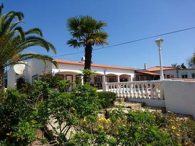 Photo for Apartment 70 m² with large garden and pool near Lagos-Algarve