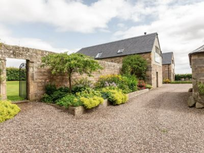 Photo for The Beehouse, Secret Rural Gem close to St Andrews golf courses and beaches