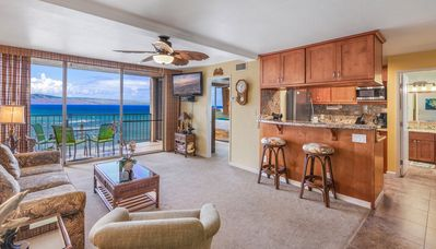 Photo for Oceanfront, Incredible 1 Bed/1 Bath Updated Home w/ Free wifi & Parking RK912
