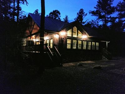 """Brand New!! """"Leather & Lace"""" Luxury Cabin! Great for couples or family of 4"""