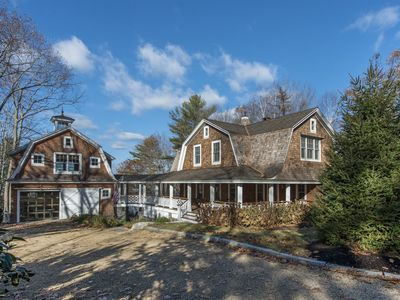 Photo for Three bedroom home that can accommodate 8 guests, water access from the dock, outdoor fire pit, high