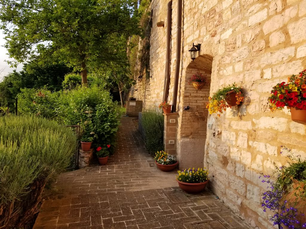 Casa Spello - Mark Anthony Apt: Hilltop Medieval Escape with ...