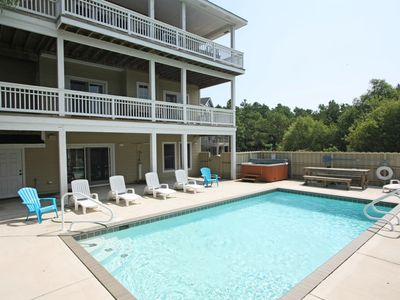 Photo for R n R: 6 bedrooms, private pool, hot tub and keyless entry - the perfect home for a little RnR!
