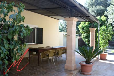 Large terrace and dinning table