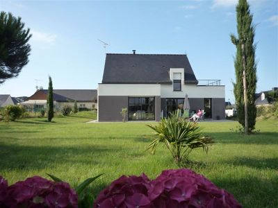 Photo for Val-André: a modern villa close to the beach and the golf courses