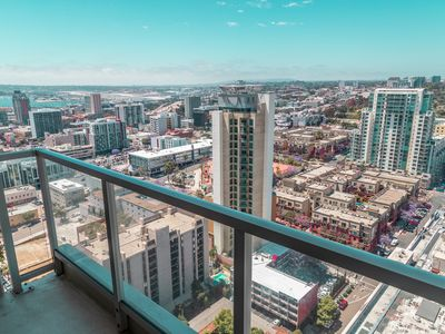 Photo for Scenic CityView★2 bdrm/1 bth★Free Parking★Downtown