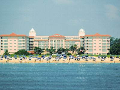 Photo for Palm Beach Front Resort