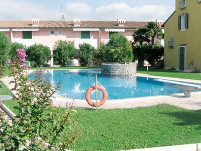 Photo for Apartment Meridiana (LAZ290) in Lazise - 4 persons, 1 bedrooms