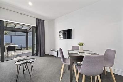 The Sombre Duck - Cardrona Valley Apartment