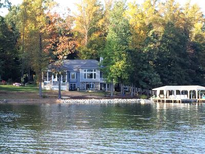 Photo for The perfect Lake Anna waterfront home!  Hot tub, screened porch, amazing views!