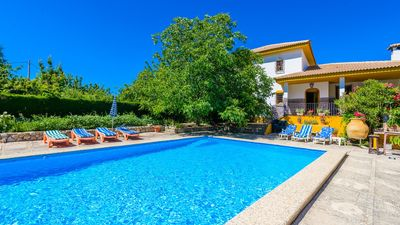 Photo for Spacious holiday villa in the middle of nature - pets allowed