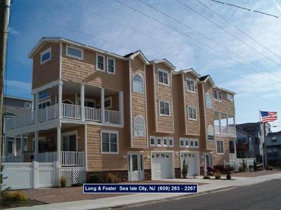 Photo for Newer beachblock townhouse, just one property off the beach! Awesome location.....just steps to the beach