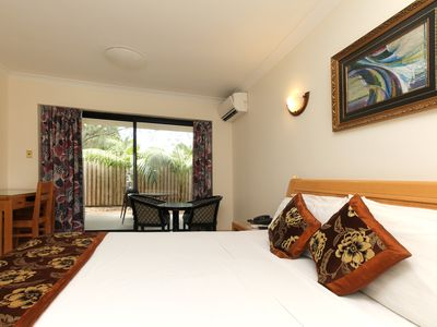 Photo for Novena palms Motel located in Northgate  7 minutes to airport  free shuttlE M-SA