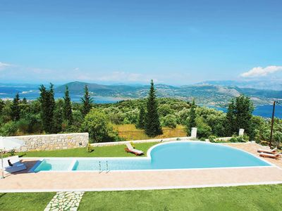 Photo for 2 bedroom accommodation in Spanochori