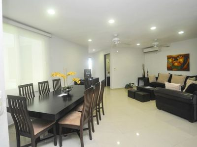 Photo for Spacious 3 Bed 3 Bath - Rooftop Pool