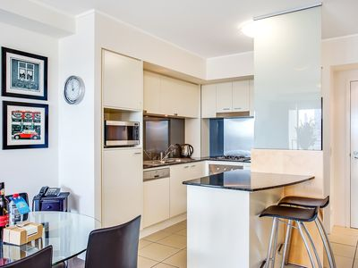 Photo for **NEW LISTING** 1 Bedroom Apartment in the HEART of Broadbeach