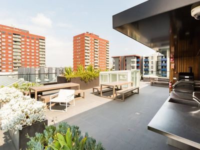 Photo for Talia, awesome 1BD space w/ rooftop