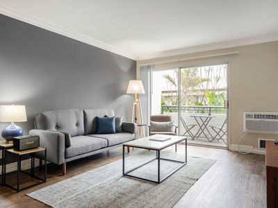 Photo for West LA 2BR, full amenity building