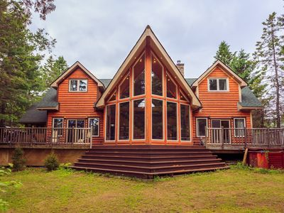 Photo for Prime Muskoka location, Luxury cottage for rent