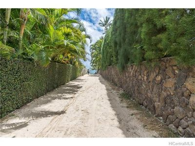 Photo for Lanikai Ohana Hale - Charming Cottage - Walking Distance to Beach