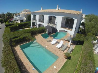 Photo for 2 bedroom Villa, sleeps 4 in Vale do Lobo with Pool, Air Con and WiFi