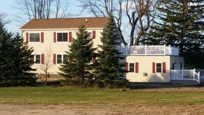 Photo for 3BR Villa Vacation Rental in Pittsford, Michigan