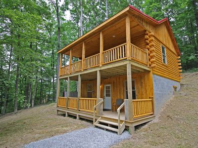 Photo for Little Pine Cabin on Big Pine Rd in the Hocking Hills-10 min. to Old Man's Cave
