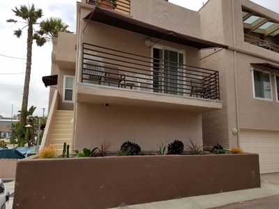 Photo for Great Condo in Mission Beach a block from the  ocean and steps to the bay.