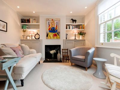 Photo for Chic Cottage: Luxury Accommodation in London