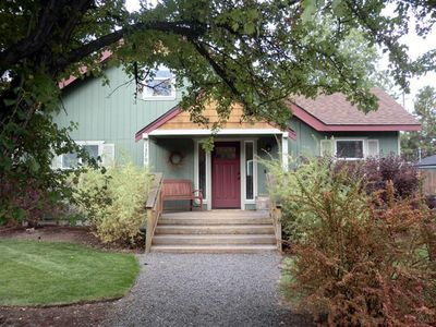 Photo for Walk to Downtown/West Side, 3BR,2BA,(Den serves as #3)