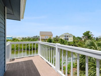 "Photo for ""Pet Friendly, 2 Bedroom in Gated Beachfront Community"