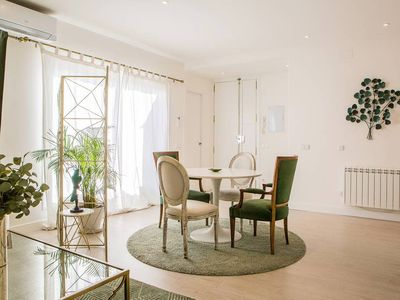 Photo for Stunning 1 bed w/sunny terrace in Madrid Center