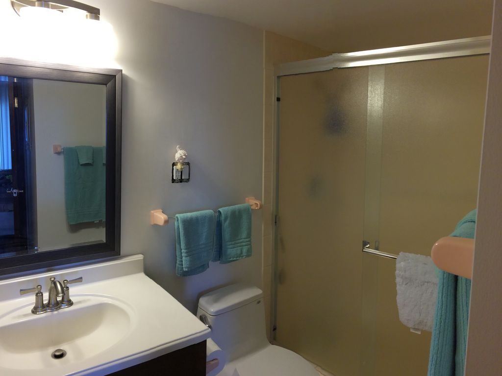 Property Image 13 Oceanfront 2 Bdrm Bath Fully Stocked And Newly Remodeled