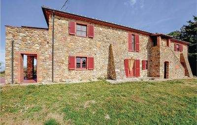 Photo for 7 bedroom accommodation in Sassetta